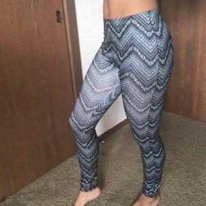 Blue designed leggings. Super stretchy